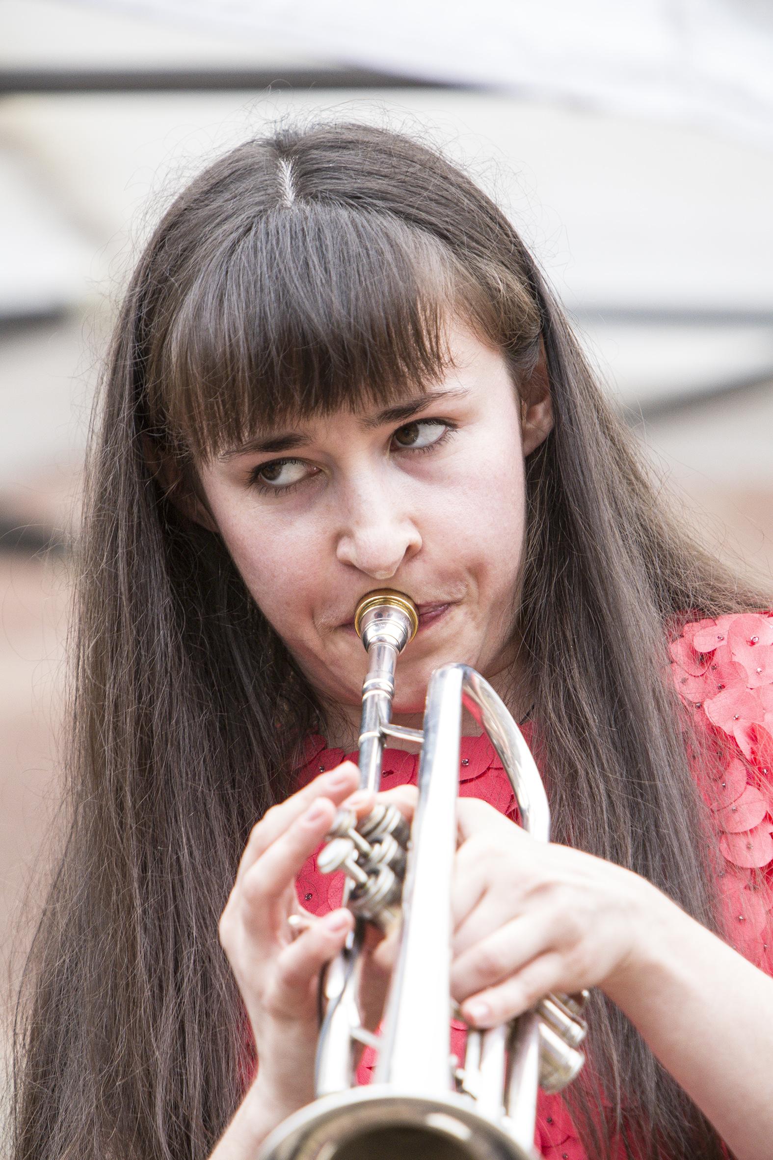 portraits-angela-avetissyan-quartet-festival-au-gr+¿s-du-jazz-la-petite-pierre-2015-marie-colette-becker-06