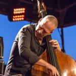 portraits-avishai-cohen-trio-festival-au gr+¿s-du jazz-la-petite-pierre-2014-marie-colette-becker-03
