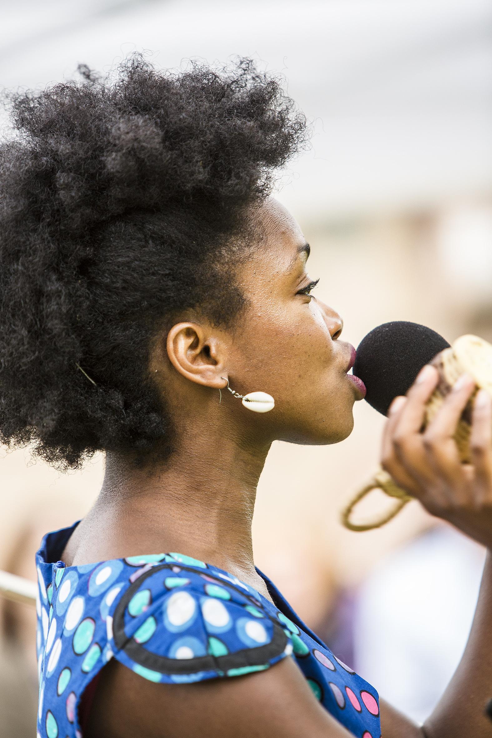 portraits-lucia-carvalho-festival-au-gr+¿s-du-jazz-la-petite-pierre-2015-marie-colette-becker-07