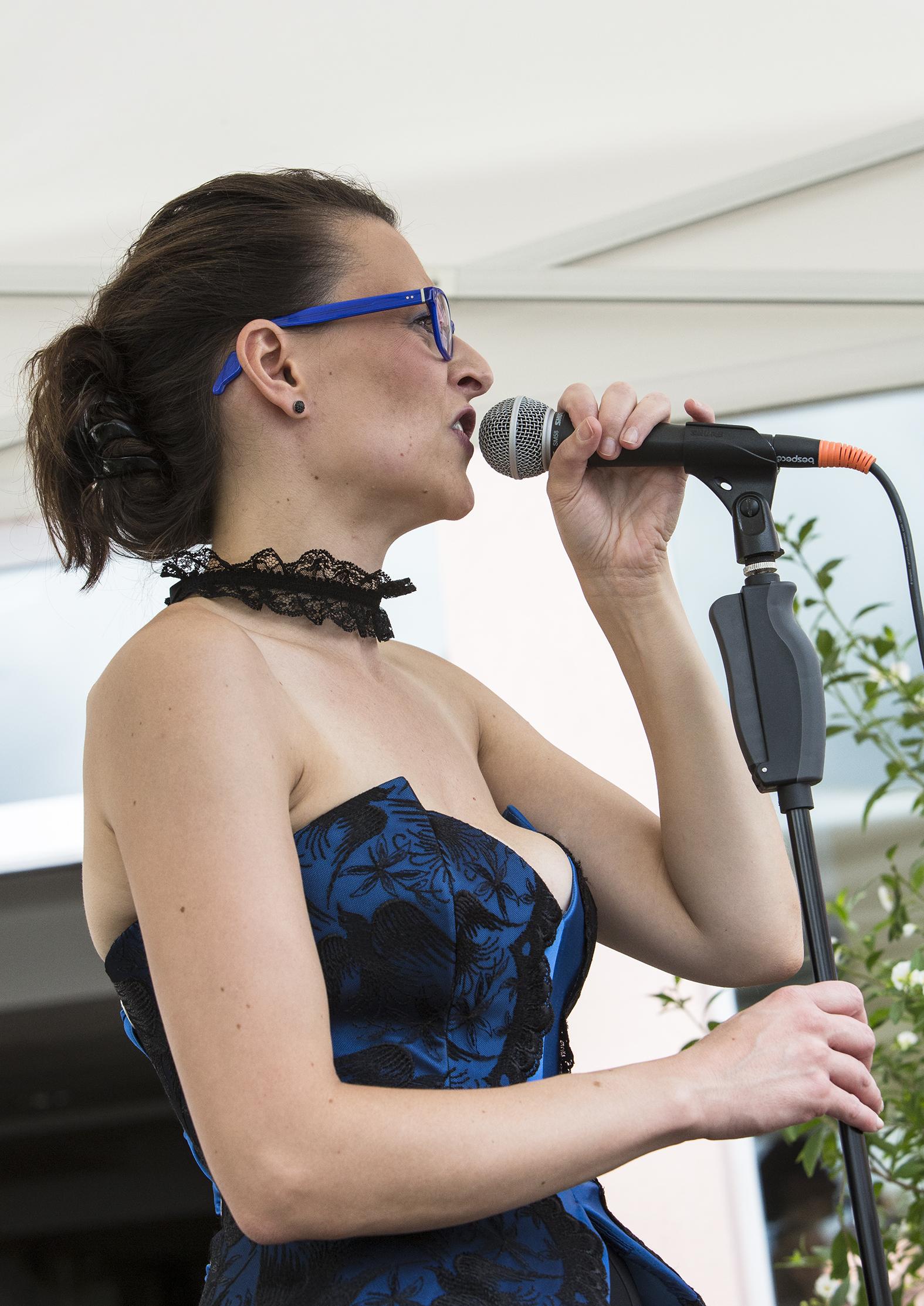 portraits-nadine-holderith-weiss-lfestival-au-gr+¿s-du-jazz-la-petite-pierre-2015-marie-colette-becker-07